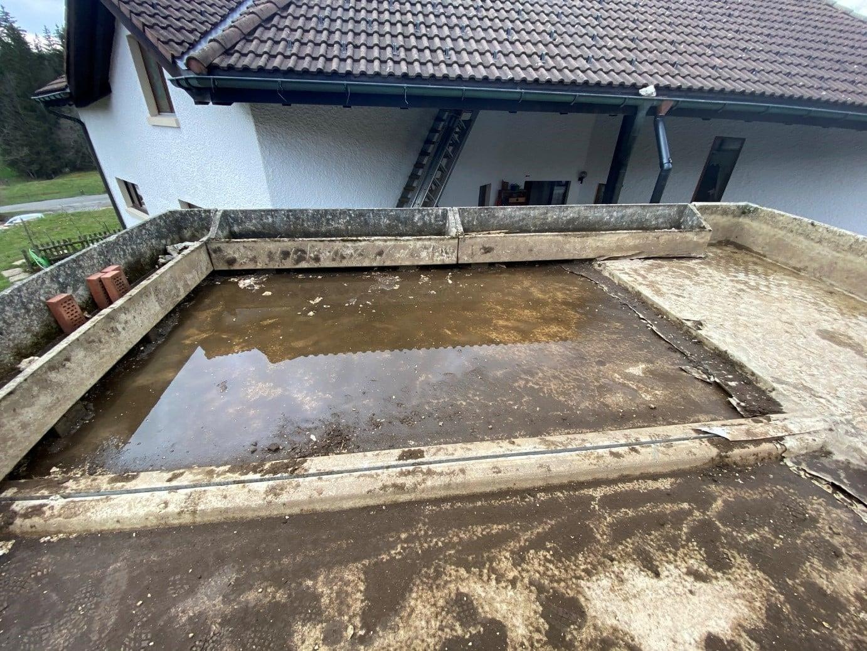 Dachsanierung Bitumen Garagendach Vordach Brüstung..