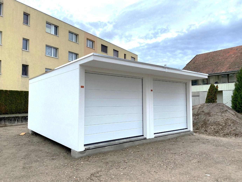 Rothrist SEMA Typ IIISB Garage mit Vordach.