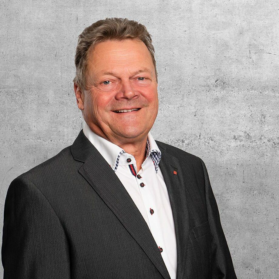 Pierre Reimann Verkauf SEMA Garagen Süd & West Schweiz